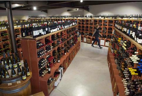 在宾夕法尼亚州,州酒商店仍然关闭,人们越来越口渴