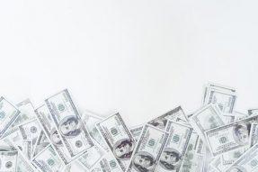 荷兰光刻机巨头ASML明年的市值有望突破5000亿美元